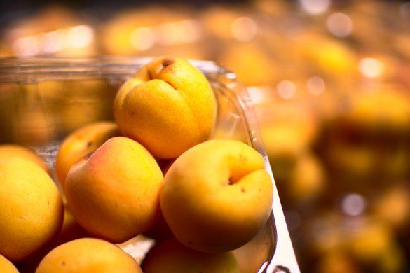 peaches - Johnnys fruit market